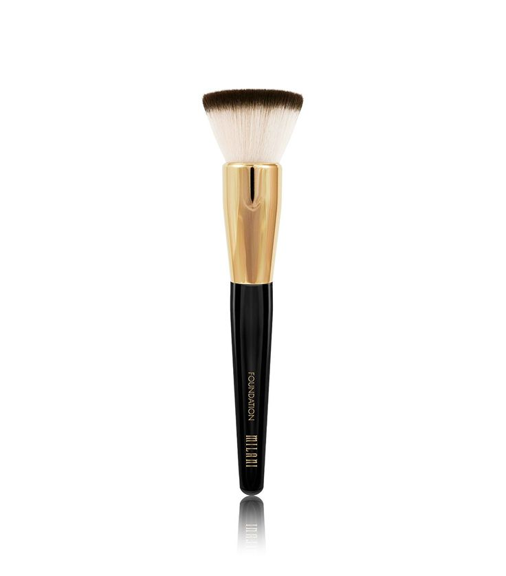 AIRBRUSHED FINISH <br /><br /> Get ready for your close-up! This foundation brush instantly blends powder, cream and liquid foundation. Soft, flat-top bristles blend seamlessly to provide an airbrushed foundation look, and strong synthetic bristles ensure a flawless, frustration-free application.