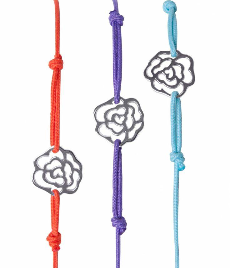 (http://www.notinthemalls.com/products/Camelia-Charm-Bracelet.html)