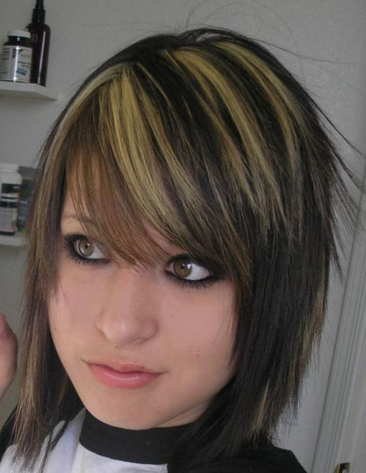 Emo Girl Highlights With Blonde On Black Hair And SIde Bangs