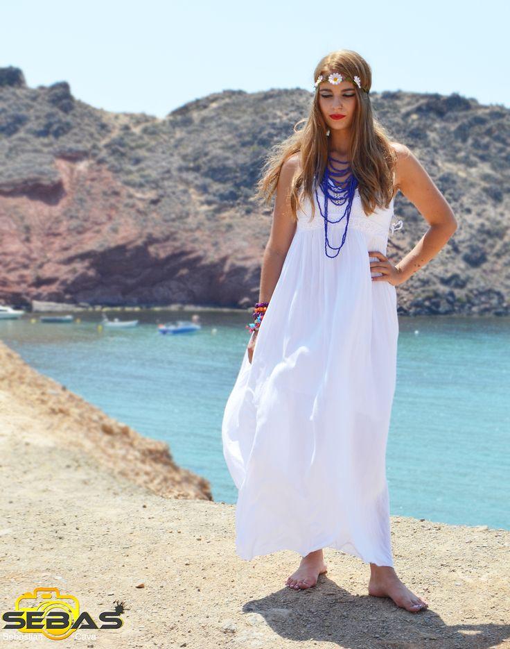 Empezamos la semana con este precioso vestido ibicenco perfecto para estos días de verano  #veranito #vestidosibicencos #vestidosparamujer http://blog.dicompra.com/vestidos-ibicencos/
