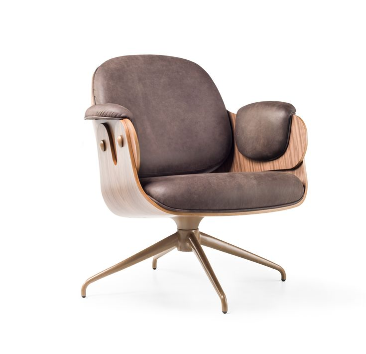 Jaime Hayon's Low Lounger Chair
