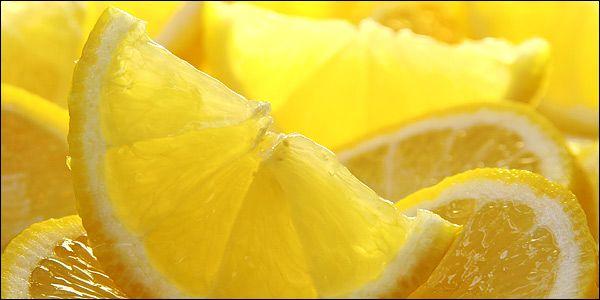 Αν πιστεύεις ότι το λεμόνι είναι θαυματουργό πιστεύεις λίγα! Το λεμόνι είναι η τροφή του Θεού!