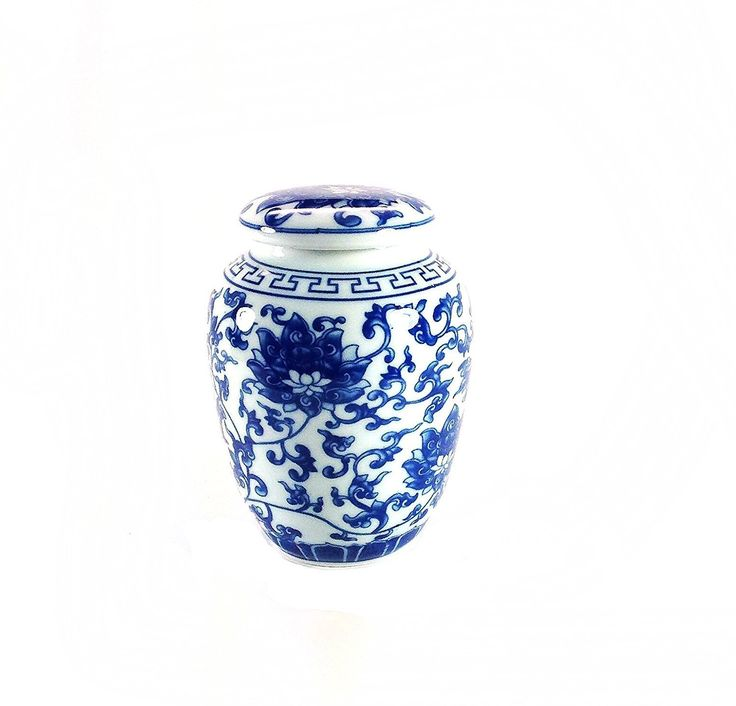 AmazonSmile   Decorative Traditional Asian Blue And White Lotus Pattern  Porcelain Tea Storage Container Or Display