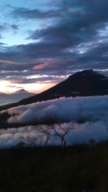 Sunrise mount sindoro