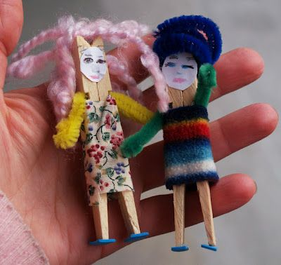 Recycled craft: clothespin puppets