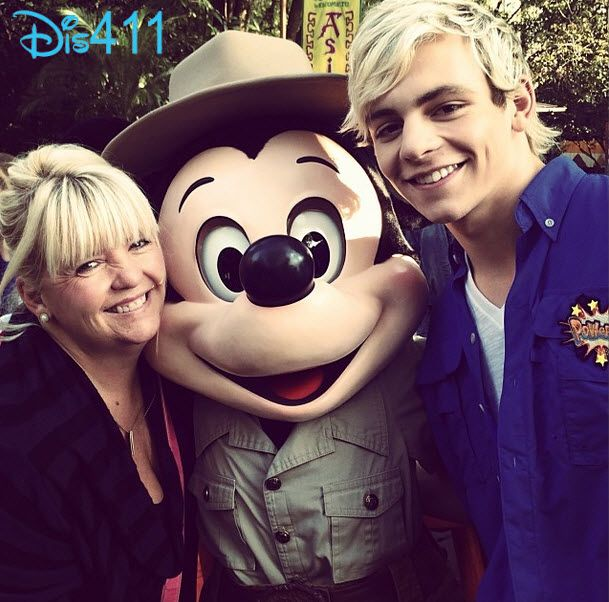 Ross Lynch and his mom
