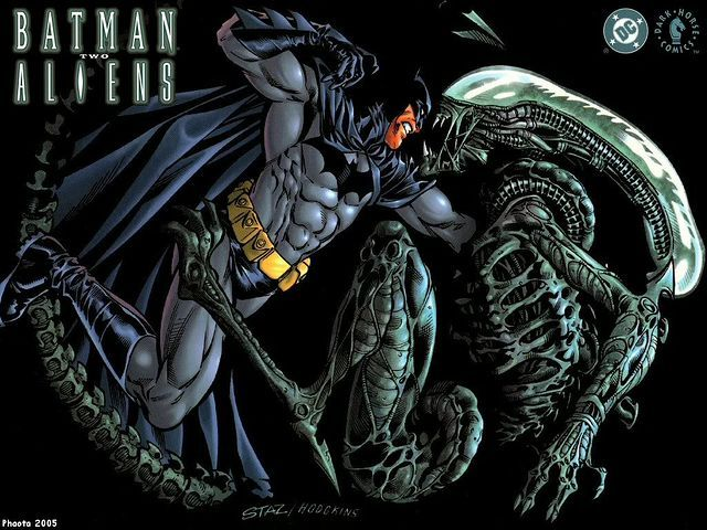 DC ENTERTAINMENT will join forces with Dark Horse Comics to re-release the Batman vs. Alien comics for the first time in over 10 years! 4-26-16