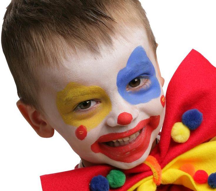 17 meilleures id es propos de maquillage clown sur pinterest maquillage de mime visages de. Black Bedroom Furniture Sets. Home Design Ideas