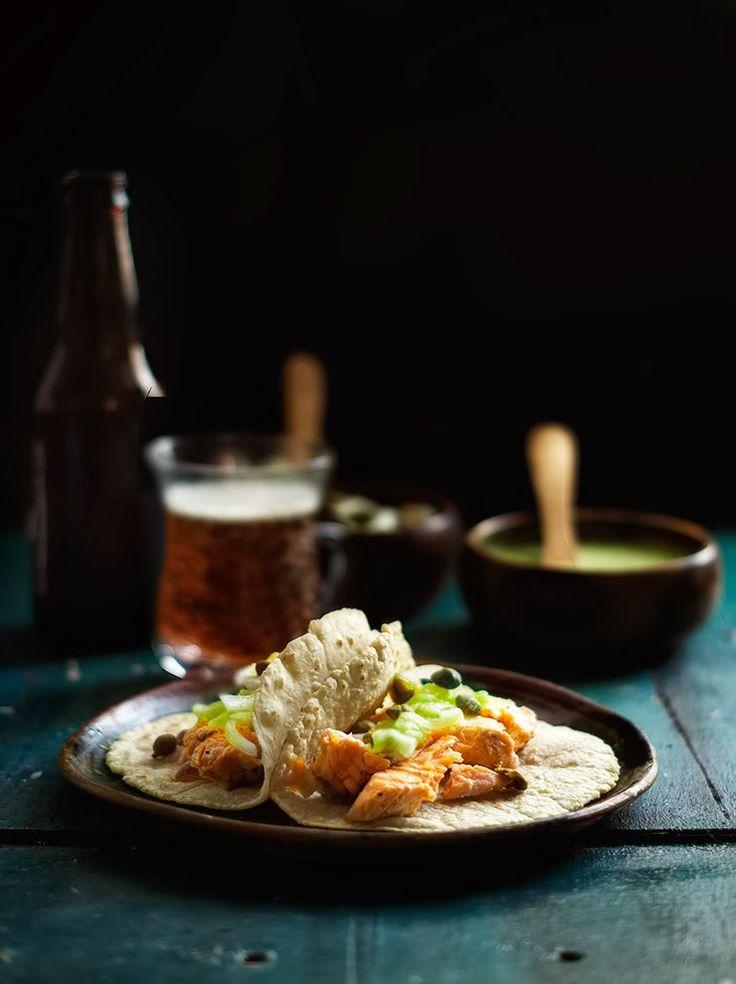 Rústica: Tacos de Salmón con Pepinos Encurtidos & Salsa de Chile Serrano #recipe