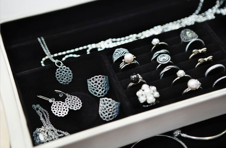 Nothing sparkles as a jewelry box filled with PANDORA #theperfectgift