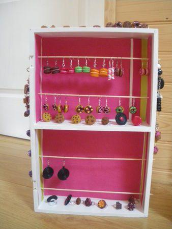 les 25 meilleures id es de la cat gorie rangement de bijoux sur pinterest porte collier. Black Bedroom Furniture Sets. Home Design Ideas