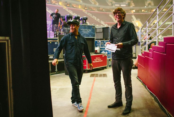 The Black Keys Loosen Up: Backstage on the 'Turn Blue' Tour | Rolling Stone