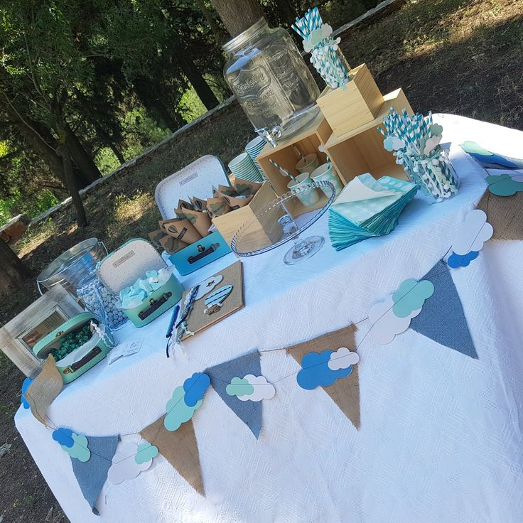 Mint and clouds all over.... #baptism #vaptisi #candybar #andmore #candies #craft #blue #hotairballoon #happybaby #baby #play #hope #faith #peace #happy #live #love #laugh #magic #makemagic #memories #tinytalesmoments #tinytales