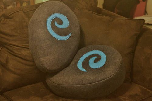 These hearthstone pillows bring your WoW life a little closer to home. They seem easy enough to make by the originator's description.