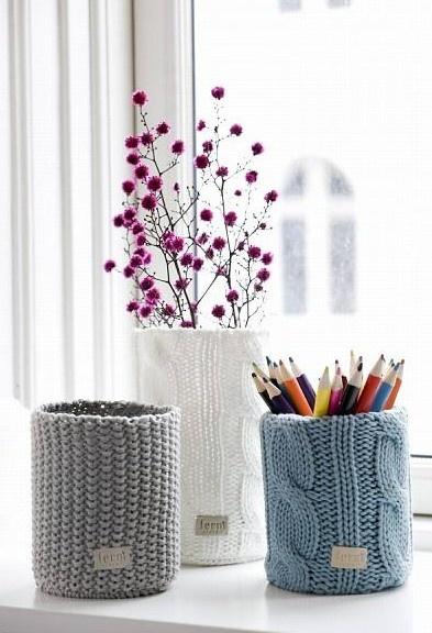 mooie gebreide vazen, niet alleen voor bloemen!