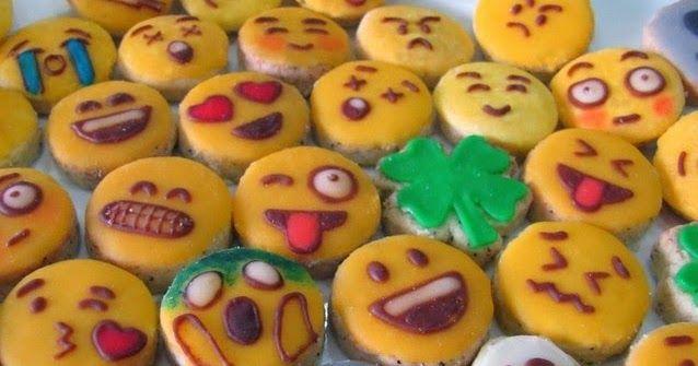 Resep Kue Kering Emoticon Lucu Unik Spesial Beraneka Macam Kue Kering Yang Ada Di Masyarakat Kita Dinamakan Emoticon Itu Sebetulnya Kue Kering Resep Kue Kue