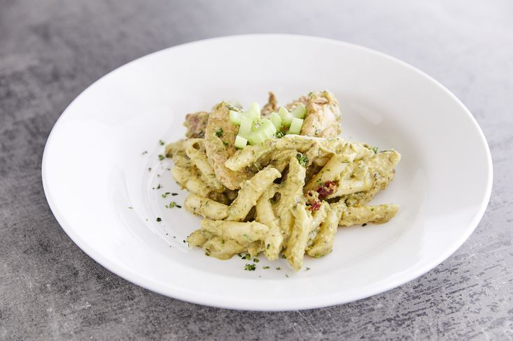 Easy Chicken Pasta with Pesto Sauce