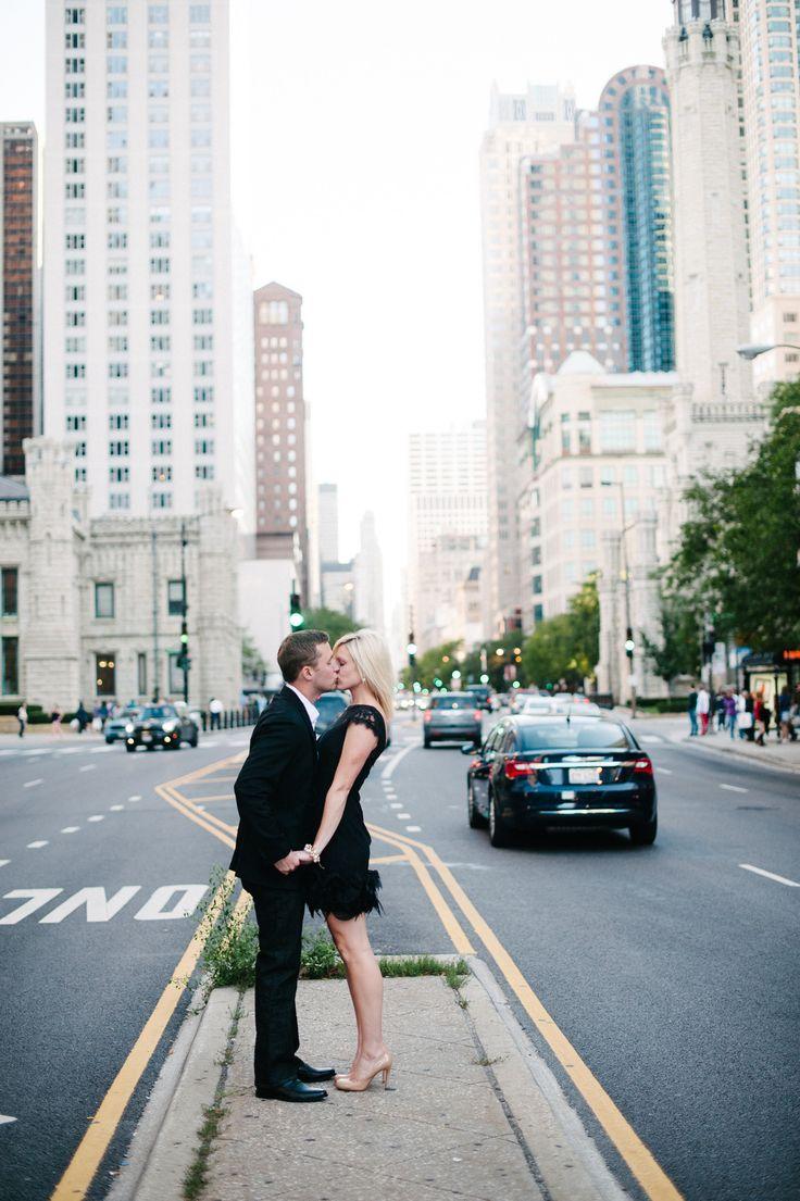 Best 25+ Chicago engagement photos ideas on Pinterest | City ...