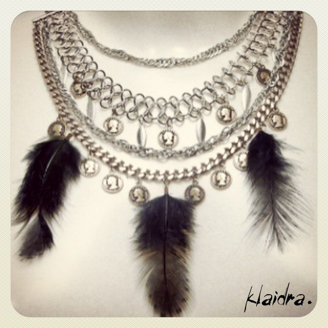 Klaidra *Limited Edition* feather necklace exclusively designed for JYou.gr✨ @jennygr_team #klaidra #greekdesigners #limitededition #feather #bohemian #gypsy #bohochic #necklace #statement #chains #coins #designers #exclusive #jyougr #jennygr #handmade #sneakpeek #jewelry #klaidrajewelry #ExclusiveShopJennygr