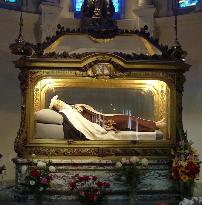 The Life of Sister Margaret Teresa Redi, of the Heart of Jesus : : A Barefooted Carmelite Nun, Whose Body is Preserved Incorrupt in the Convent of S.</p>  <p>of.St.Teresa.Vol.2.-.Henry.James.Coleridge.1887Passer..la..souris..sur..chaque..image..ou..photo..pour..l´agrandir....Teresa,.... ..Padre...Pio's...Incorrupt...Body...Padre...Pio,...... Jacinta...Marto...of...Fatima's...incorrupt...body...Preserved...bodies.....StHeart,...the...incorrupt...body...of...StconventTeresa,...... The...life...of...Sister...Margaret...Teresa...Redi,...of...the...Heart...of...Jesus...:...a...barefooted...Carmelite...nun,...whose...body...is...preserved...incorrupt...in...the...Convent...of...S1....Lúcia.became.a.Carmelite.nun</p> <p>&nbsp;</p> <p>Discalced...Carmelite...Nun's...incorrupt...body,...... Teresa...Margaret...of...the...Sacred...Heart.../...Germany/...She...died...on...March...7,.....a.barefooted.Carmelite.nun,.whose.body.is.preserved.incorrupt.in.the.Convent.of.Sof.great.Carmelite.Saint,.St.Teresa.Margaret.Redi.who...Manifested..to..Sister..Mary..of..Jesus..of....Teresa..Margaret..of..the..Sacred..Heart../..Germany/..She..died..on..March..7,....</p> <p>&nbsp;</p> <p>Saint..Teresa..Margaret..of..the..Sacred..Heart..Born..July..Died....