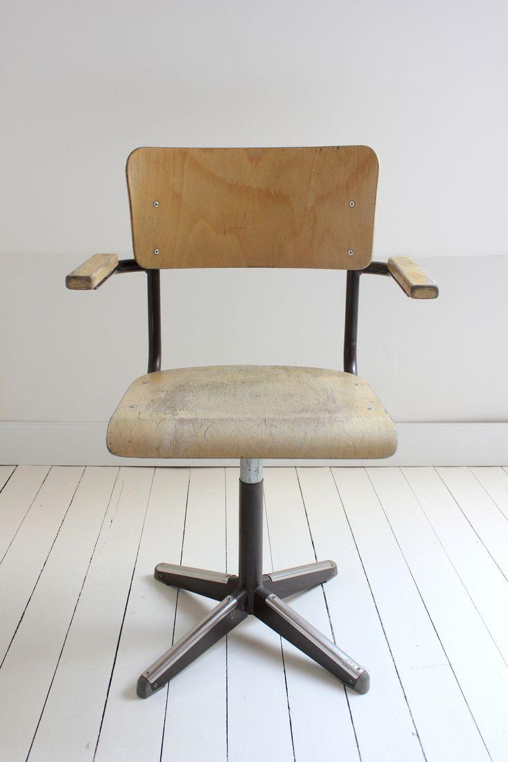 142 beste afbeeldingen van zolder for Bureaustoel vintage