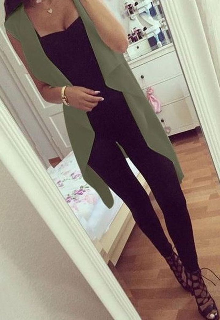 Find the best casual outfits for fall here. 65 #fashiondressescasual #wom
