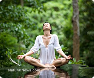 According to a new study, practicing mindfulness, a meditative routine that involves focusing on the present and relishing the moment, is at the very least just as effective as antidepressants when it comes to alleviating depression symptoms - and mindfulness causes no harmful side effects!