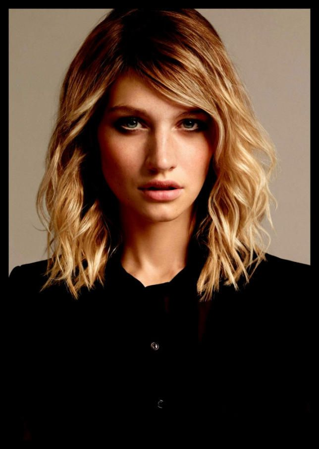 Frisuren Damen Lang Locken 2019 Schone Frisuren Kurzhaarfrisuren Frisuren Frisuren Damen