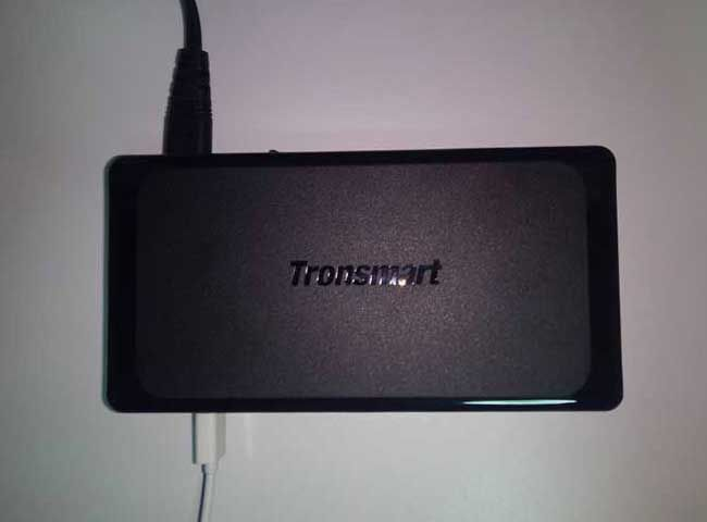 Recensione Tronsmart Titan, caricabatterie da scrivania Quick Charge 2.0  #follower #daynews - http://www.keyforweb.it/recensione-tronsmart-titan-caricabatterie-scrivania-quick-charge-2-0/