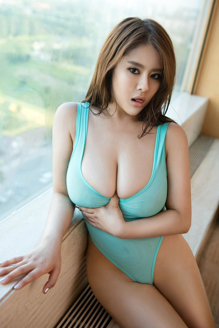 Hot Asian Girl Model