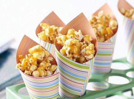 Pipoca Caramelada - Veja mais em: http://www.cybercook.com.br/receita-de-pipoca-caramelada.html?codigo=69612