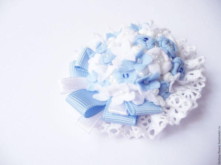 """Купить Брошь """"Нежность"""" - голубой, брошь, брошь ручной работы, брошь с цветами, брошь с кружевом"""