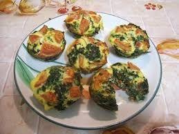 Egg mcmuffin med spinat og feta