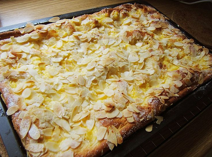 Ammerländer Apfel - Butterkuchen, ein sehr leckeres Rezept aus der Kategorie Kuchen. Bewertungen: 24. Durchschnitt: Ø 4,2.