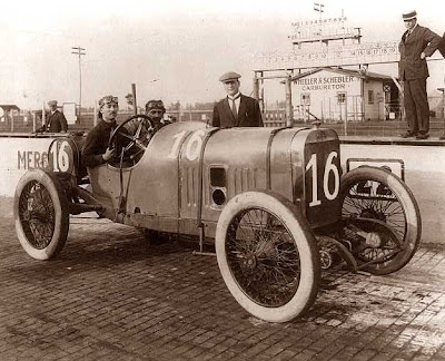 Indy car, 1913. How far we've come in the last 100 years! -  I like this better.