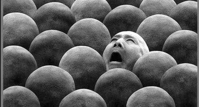 image: kalabalık içinde yalnız olmak [11]