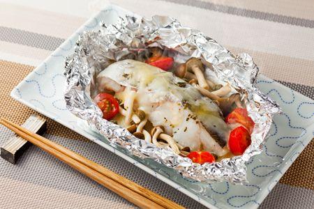 白身魚の洋風チーズホイル焼き | 親子でたのしく 明治デイリーズレシピ