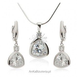 Czy przeszukałeś wszystkie sklepy internetowe w biżuteria ślubna? Nadal nie ma szczęścia w znalezieniu tego, czego szukasz? Zgadnij co! Anka Bizuteria jest miejscem, dla którego Twój ślub niezapomniany, kupując naszą wspaniałą biżuterię ślubną!