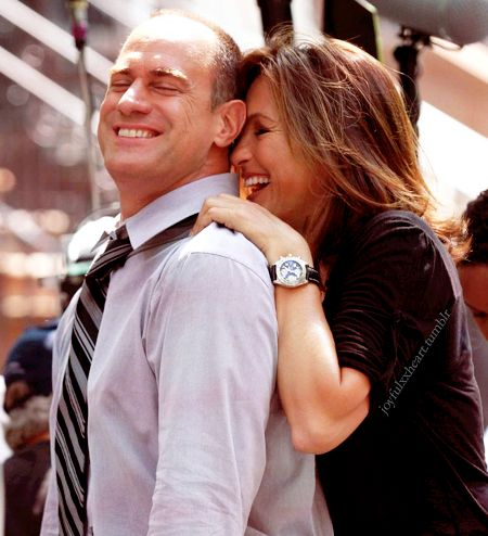 Benson and Stabler - Law and Order SVU; absolutely love them WHY DID THEY NOT GET TOGETHER IN THE SHOW?! so cute