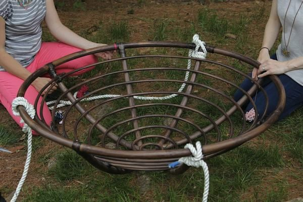 12 best papasan chair images on pinterest papasan chair for Diy indoor hanging chair