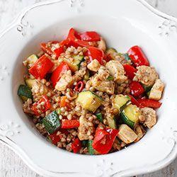 Kasza gryczana smażona z kurczakiem i warzywami | Kwestia Smaku