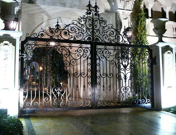 etrance to garden gates driveway gates we offer designs and security gates modern garden