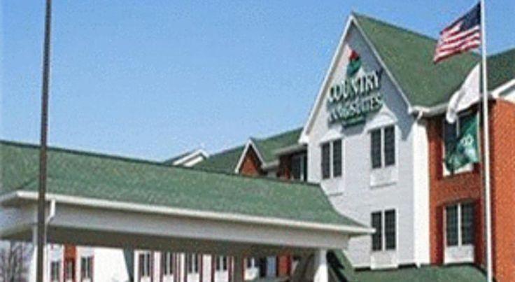 Country Inn & Suites Elgin Elgin Located off Interstate 90 in Elgin, Illinois, this Country Inn is 10 minutes' drive to the Hemmens Cultural Center. The hotel features an indoor pool, free Wi-Fi and spacious rooms.