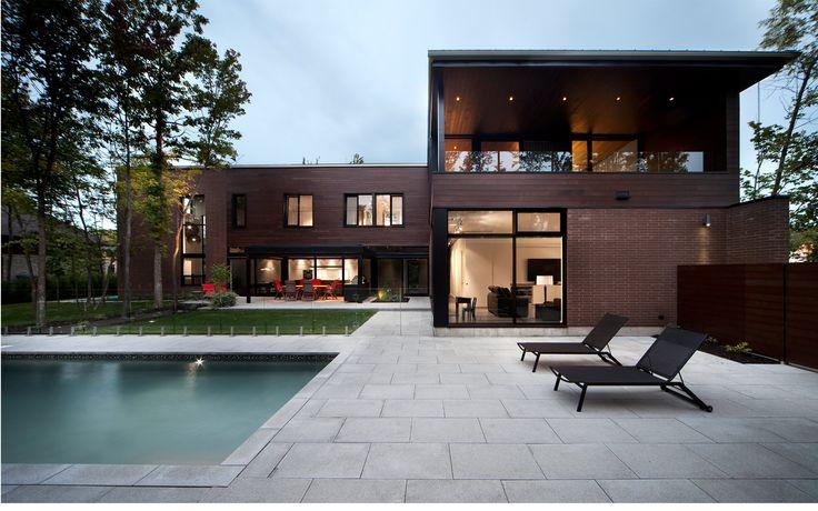 Maison Véranda | Blouin Tardif Modern architecture Veranda House and pool
