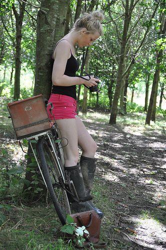 Black Rubber Boots Хочу здесь побывать Hot Pink Shorts