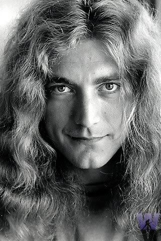 RobertPlant.jpg Photo:  This Photo was uploaded by DeadRoseIII. Find other RobertPlant.jpg pictures and photos or upload your own with Photobucket free i...