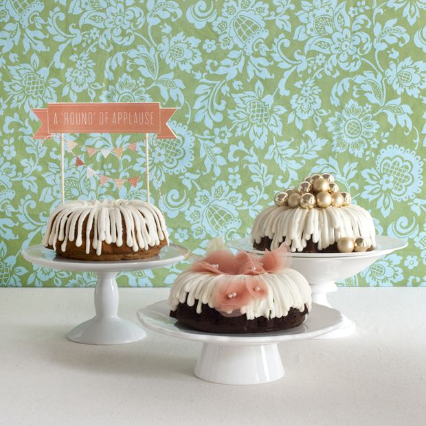What a splendidly beautiful trio of chicly decorated Bundt Cakes.