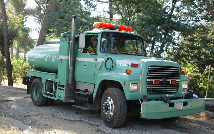 A Type 2 Tactical water tender belonging to the United States Forest Service.