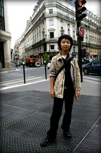 Sungha in Paris :)