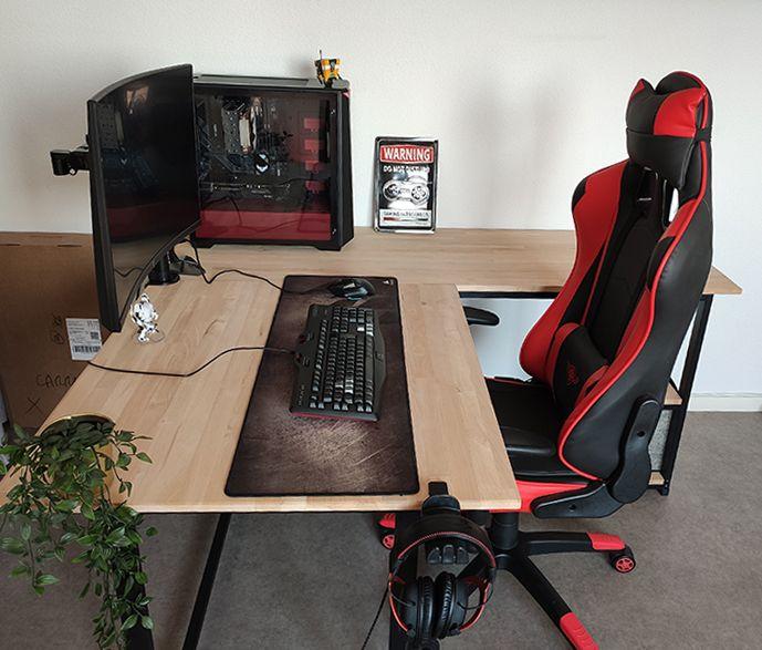 bureau d angle gamer avec plateau en